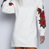 White Rose Embroidered Long Sleeves Sweatshirt