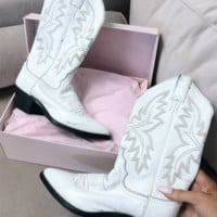 VINTAGE White Western Cowgirl Boot