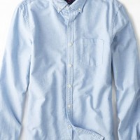 AEO Men's Solid Oxford Button Down (Blue)