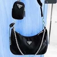 Onewel PRADA 2020 New Nylon Suit Retro Hobo-Underarm Bag-Leisure-Crescent Crossbody Bag Black