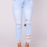 San Clemente Distressed Jeans - Light Blue