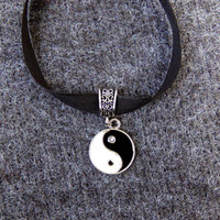 Sheer lace black ribbon choker indie yin yang charm zen 90s soft grunge hipster hippie retro tai chi emo goth Kylie Jenner style necklace