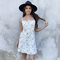 Floral Wisdom Linen Shift Dress