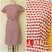 Vintage 1950s Harlequin Print Wiggle Dress / 50s Day Dress / Bakelite Belt Buckle / Casual Dress / Red White and Blue / Checkered
