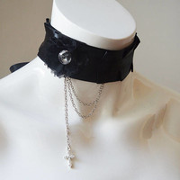 Gothic choker - Dark Lisabelle - black collar with flower  cross and chains - goth wiccan wicca witch necklace choker - lolita - nekollars