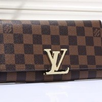 LV fashion leather spell color long wallet[380408889380] F