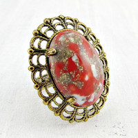 Vintage Red Glass Cabochon Cocktail Ring, Marbled Red Gold Ring, Brass Filigree Ring, Adjustable Statement Ring, 1960s Vintage Jewelry