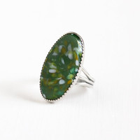 Vintage Sterling Silver Marbled Dark Green Glass Stone Ring - Size 8 1/2 Retro Oblong Oval Statement Southwestern Boho Beau Jewelry