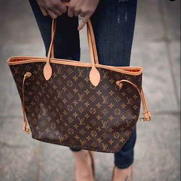 High quality LV Louis Vuitton ladies shoulder bag messenger bag shopping bag two-piece cosmetic bag