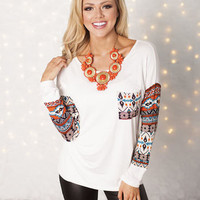 Filled Half with Aztec Pocket Top Ivory