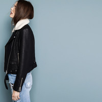 FAUX LEATHER JACKET WITH FUR-LINED COLLAR - JACKETS - WOMAN - PULL&BEAR Switzerland