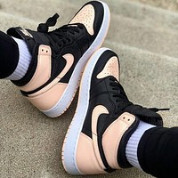 Nike AIR Jordan 1st generation AJ1 men's and women's classic basketball shoes high-top casual sports shoes 1