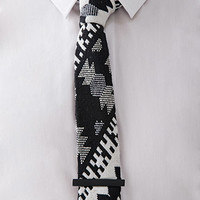 Southwestern-Patterned Tie