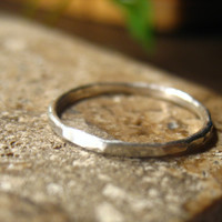 Toe Ring Silver 18g Closed Hammered