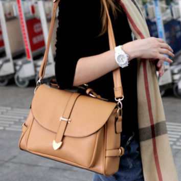 Women Classical Chic Bag On Sale = 4457479300