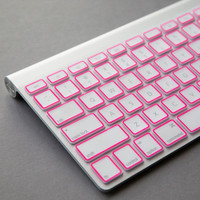 Apple Macbook Pro keyboard cover Pink