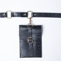 Hanging Around Belt Bag