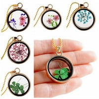 Ring Floating Floral Pendant Necklace