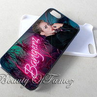 Miley Cyrus for iPhone 4, iPhone 4s, iPhone 5, iPhone 5s, iPhone 5c Samsung Galaxy S3, Samsung Galaxy S4 Case