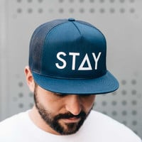 STAY TRUCKER SNAPBACK - NAVY