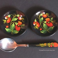 Vintage Tole Painted Wood Spoon and Mini Plates, Russian KHOKHLOMA Toleware / Lacquerware