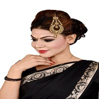 Beautiful Party Wear Kundan Style Mang Tikka For Women