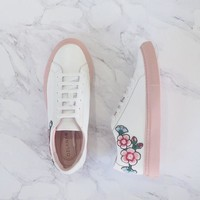 UGG Ozlana AU Blossom OUT Women Sneakers