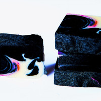 Passion-Moisturizing body bar with activated charcoal