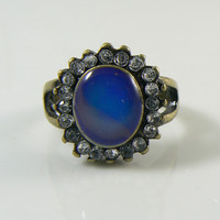 Vintage Rhinestone Oval Face Brass Mood Ring