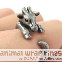 Baby Giraffe Animal Wrap Around Hug Ring in Silver - Sizes 4 to 9