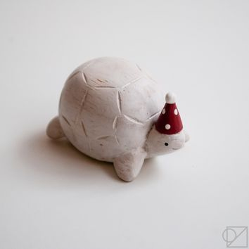 T-lab Handcarved Wooden Party Hat Tortoise