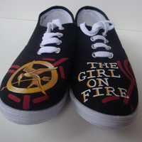 SALE The Hunger Games Premier Shoes The Girl On by HollyGrothues
