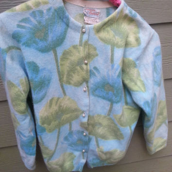 Vintage Floral Sweater Girl Darlene Angora Pearl Button Cardigan Sweater Size 40 S/M