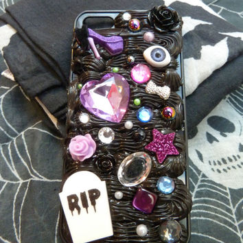 Spooky, Kawaii Gothic Decoden iPhone 5 Case