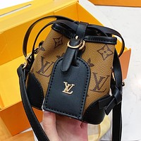 LV Louis Vuitton Popular Women Shopping Bag Leather Chic Mini Bucket Bag Shoulder Bag Crossbody Satchel