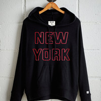 Tailgate Women's New York Plush Hoodie, True Black