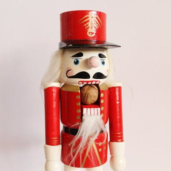 Vintage nutcracker, wooden nutcracker, handpainted, soldier