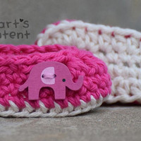 Newborn Crochet Baby Booties shoes in Hot Pink with an Elephant button