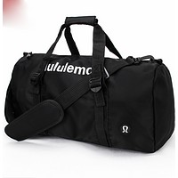 Lululemon sports bag swimming gym bag single shoulder bag, taekwondo bag.