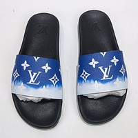 LV Louis Vuitton new letter printing gradient color men and women casual sandals beach slippers Shoes