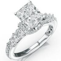 1.57 Carat Princess Cut Designer Four Prong Round Diamond Engagement Ring (D-F Color, VS2-SI1 Clarity)