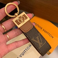 LV Louis vuitton new letter printing men's and women's keychain pendant key
