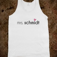 MRS. SCHMIDT DESIGN - NEW GIRL