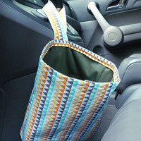 Car Trash Bag with Water Resistant PUL Lining for Gear Shift Multicolored Triangles & Olive Green Lining Washable Car Trash/Waste/Refuse Bag