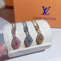 LV Woman Fashion Accessories Fine Jewelry Ring & Chain Necklace & Earrings