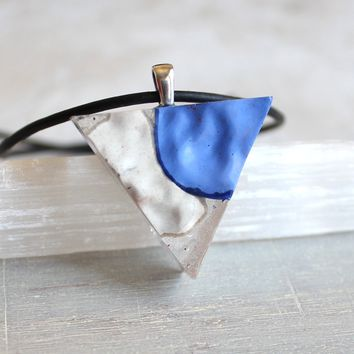 Triangle necklace - blue and white