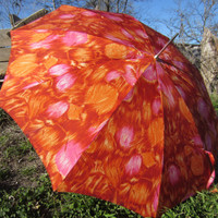 50s Umbrella w/ Horn Handle in Abstract Feather Print // Vintage Acetate Parasol Made in Japan