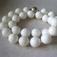 White Jade Hand Knotted Necklace