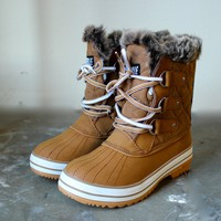 tan fur snow boots