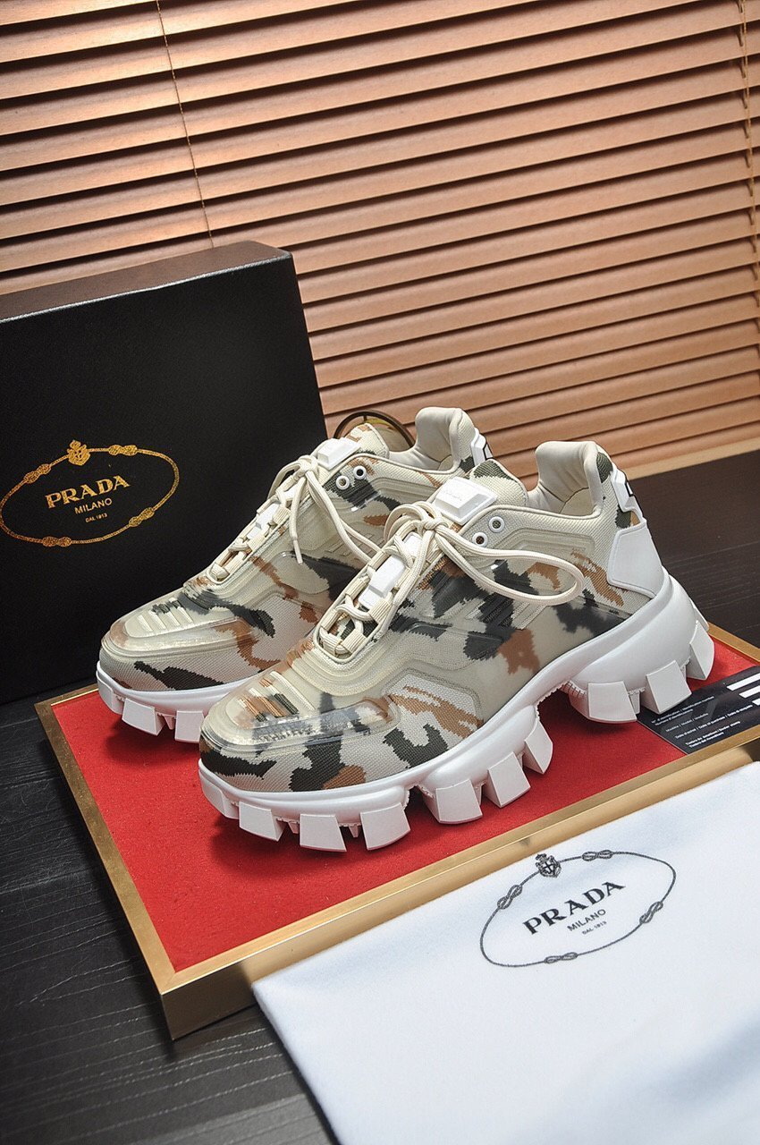 Image of Prada Men's Leather Cloudbust Thunder Sneakers Shoes